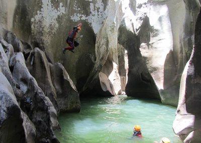 barranco-buitreras-aventura-robnda